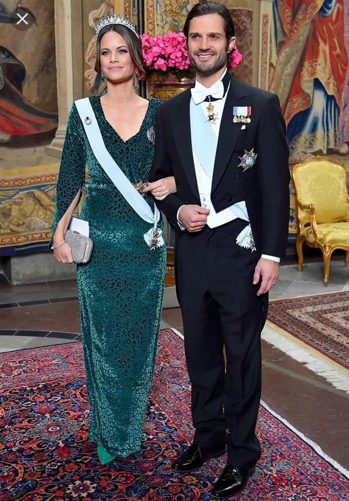 2 nhân vật Hoàng gia: Nhan sắc xấu lạ, nhưng phong cách thời trang thì đỉnh bậc nhất-25
