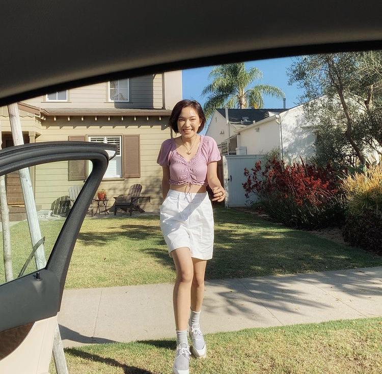 Tips mix quần short cạp cao chất như dàn fashionista Việt-5
