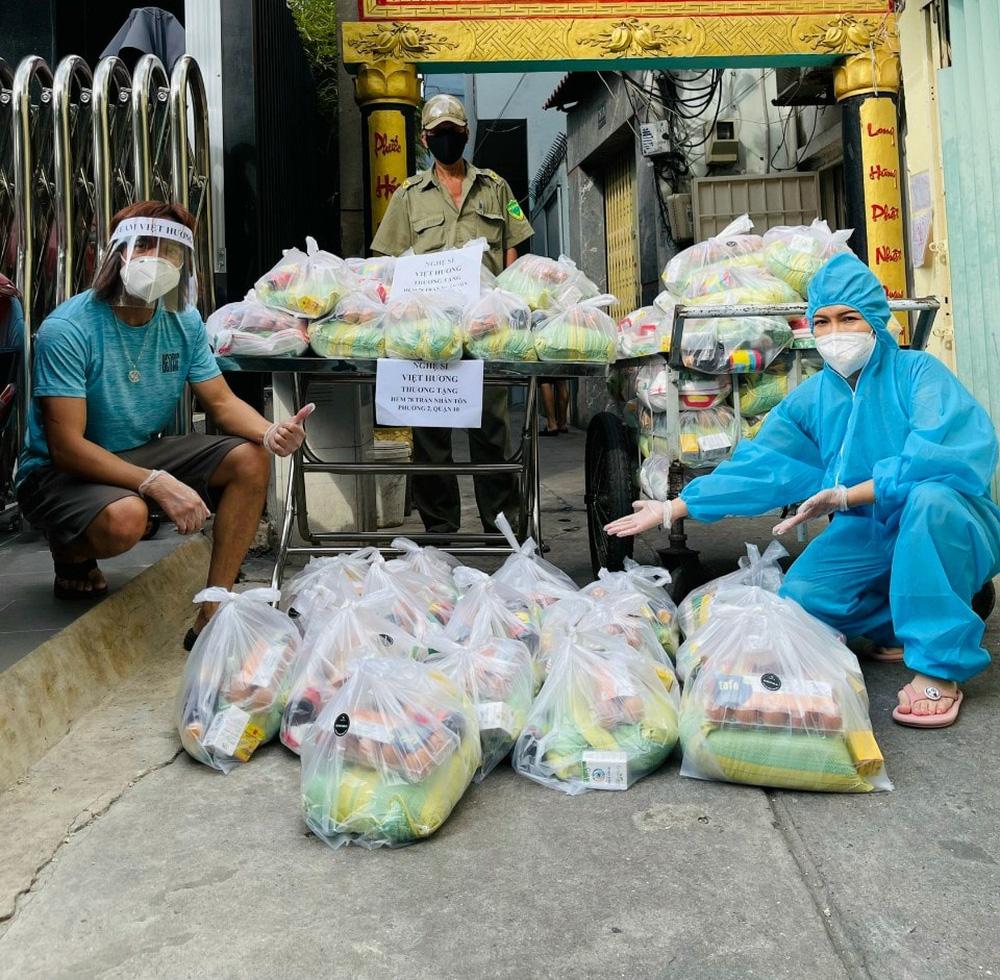 Việt Hương bật khóc: Tôi phải lên tiếng, không thể chịu được nữa rồi-2