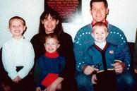 Bức ảnh cả nhà hạnh phúc ẩn chứa bí mật khiến những đứa trẻ chết dưới tay mẹ, kẻ sát nhân đến cuối cùng vẫn chưa tỉnh ngộ