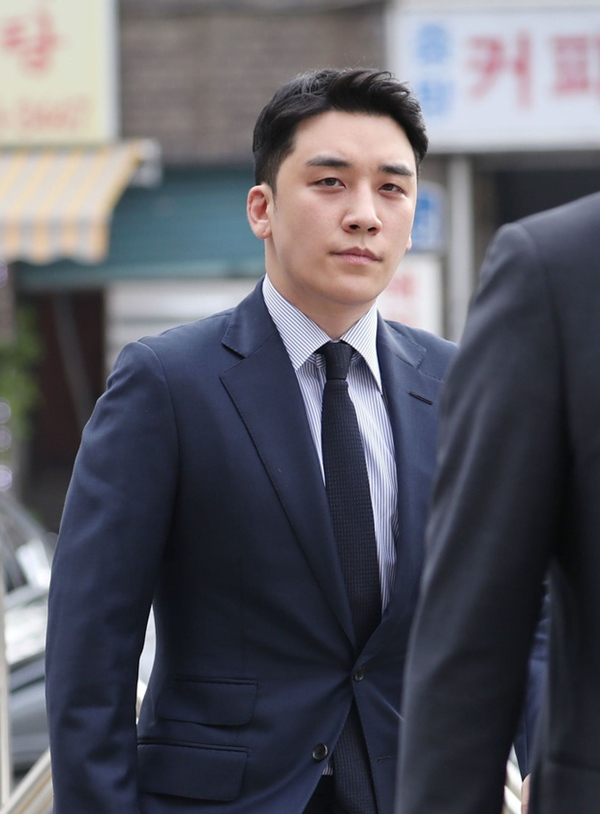 NÓNG: Seungri (BIGBANG) chính thức bị kết án 3 năm tù giam, phạt số tiền khổng lồ vì 2 tội danh-1