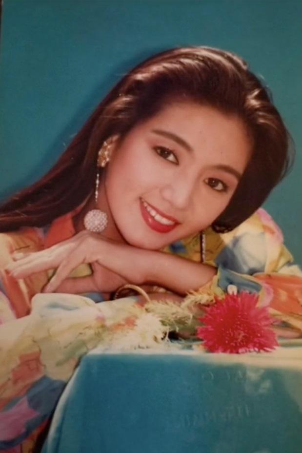 Chiêm ngưỡng nhan sắc mê hoặc lòng người của 5 nàng hậu Việt đình đám thập niên 90-11