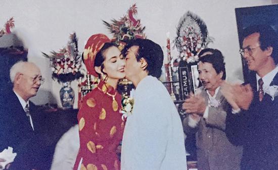 Chiêm ngưỡng nhan sắc mê hoặc lòng người của 5 nàng hậu Việt đình đám thập niên 90-13
