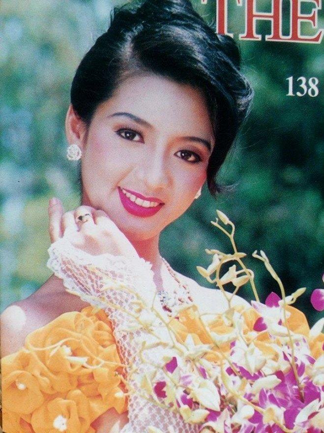Chiêm ngưỡng nhan sắc mê hoặc lòng người của 5 nàng hậu Việt đình đám thập niên 90-9