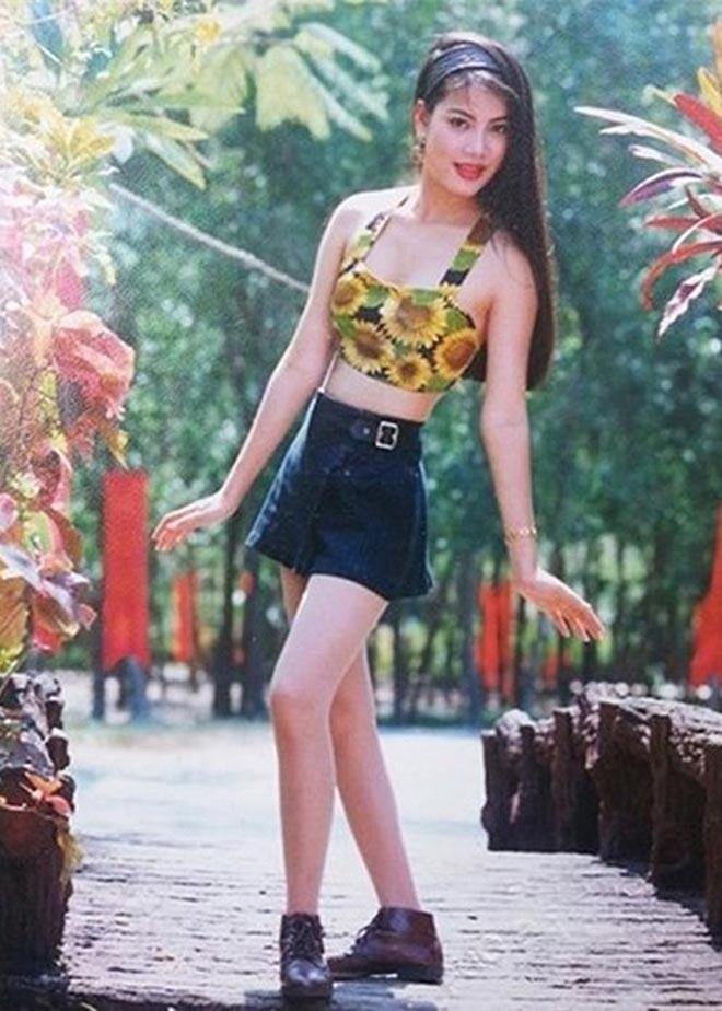 Chiêm ngưỡng nhan sắc mê hoặc lòng người của 5 nàng hậu Việt đình đám thập niên 90-26