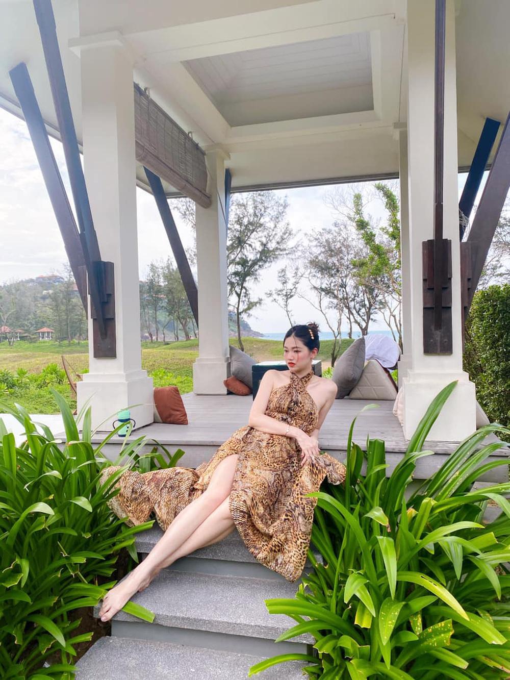 Sau 3 năm làm vợ đại gia hơn 16 tuổi, á hậu Thanh Tú sống sang chảnh như bà hoàng-5