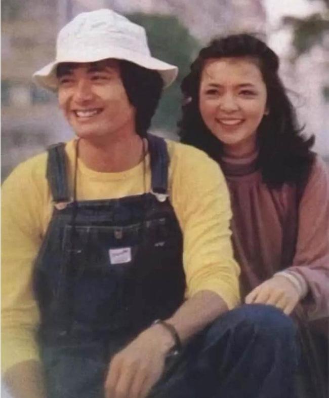 Những cặp đôi Hoa ngữ yêu nhau sâu đậm nhưng cái kết không trọn vẹn: Thư Kỳ sống không danh phận vì quá khứ đóng phim 18+-11