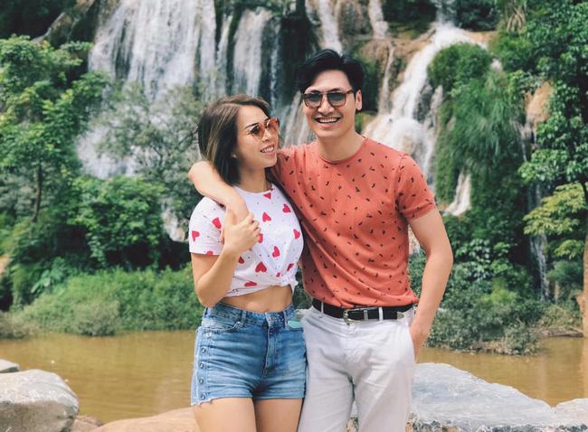 Đời tư cặp đôi Nam - Long của Hương vị tình thân: Người bị đại gia phản bội, người được viên mãn với mối tình từ cấp 3-5