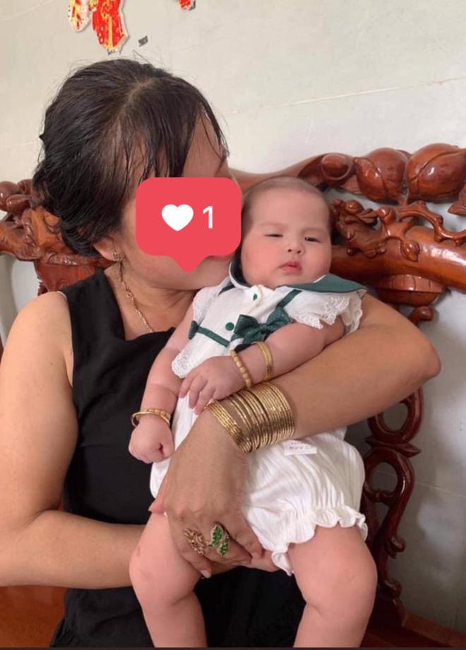 """MXH phát sốt vì ảnh hiếm của con gái Jack và Thiên An lúc 4 tháng tuổi: Mặt như bản sao của bố, cực yêu khi lên đồ""""-8"""