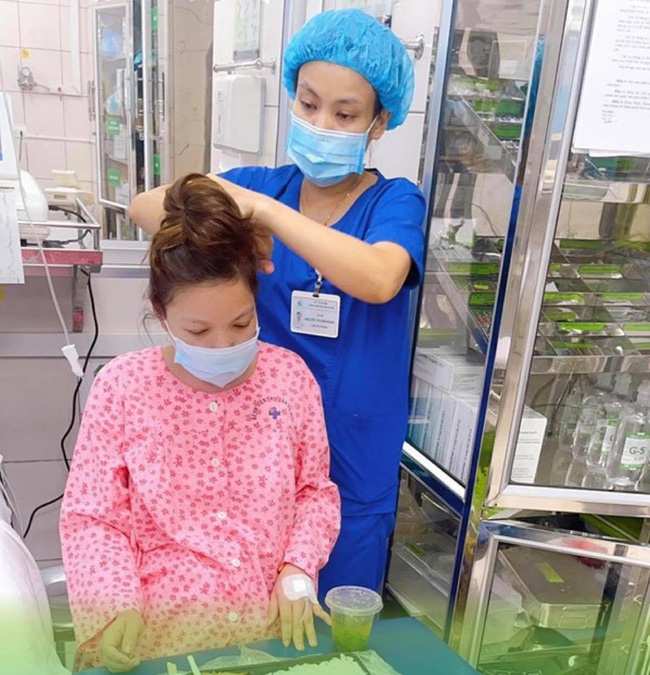 Những thứ mẹ bầu cần mang khi đi sinh con tại Bệnh viện Phụ sản Hà Nội mùa dịch-1