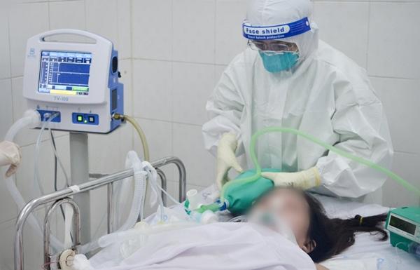Cuộc chiến sinh tử cứu cả hai hoặc mất cả hai trong bệnh viện có 600 sản phụ là F0-2