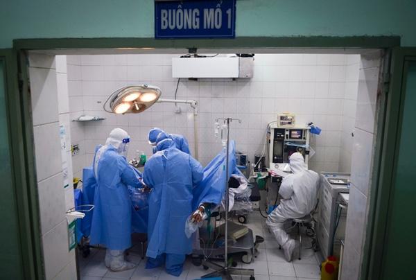 Cuộc chiến sinh tử cứu cả hai hoặc mất cả hai trong bệnh viện có 600 sản phụ là F0-8