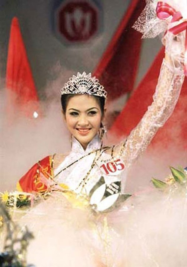 Biệt tăm khỏi showbiz sau khi chồng đi tù, cuộc sống của cô lọ lem bán bánh canh thành Hoa hậu Việt Nam 2000 giờ ra sao?-1