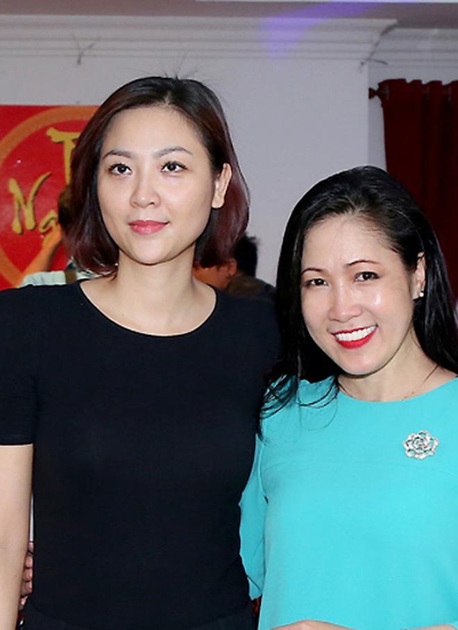 Biệt tăm khỏi showbiz sau khi chồng đi tù, cuộc sống của cô lọ lem bán bánh canh thành Hoa hậu Việt Nam 2000 giờ ra sao?-7