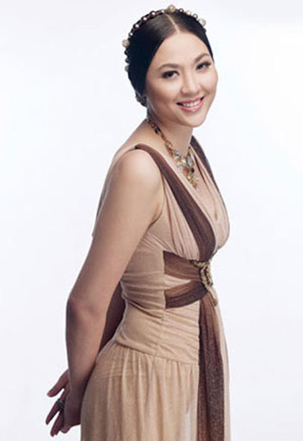 Biệt tăm khỏi showbiz sau khi chồng đi tù, cuộc sống của cô lọ lem bán bánh canh thành Hoa hậu Việt Nam 2000 giờ ra sao?-5