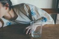 Uống nhiều nước mỗi ngày tốt cho sức khỏe nhưng có 3 cách uống nước gây hại cho thận mà nhiều người mắc phải