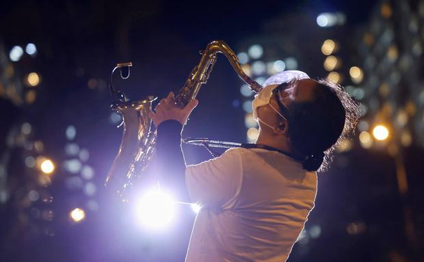 Nhạc sĩ saxophone Trần Mạnh Tuấn bị đột quỵ, chẩn đoán vỡ mạch máu não-3
