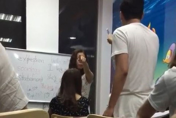 2 cô giáo Tiếng Anh cung Bọ Cạp và nói học viên óc *** từng gây bão MXH giờ ra sao?-4