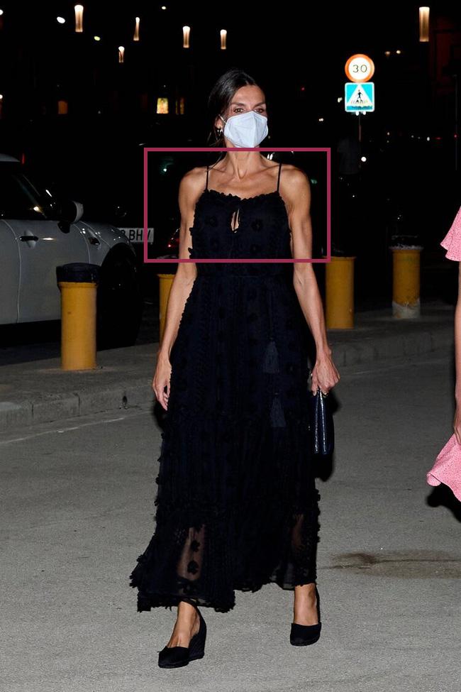 Hoàng hậu Tây Ban Nha nhiều lần diện đầm lộ vai gân guốc thô cứng, còn đâu là biểu tượng mặc đẹp hơn Kate-5