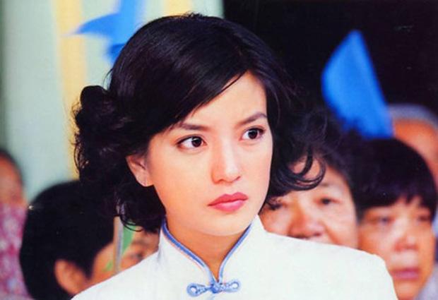 """Toàn bộ phim ảnh của Triệu Vy sắp bị gỡ bỏ vĩnh viễn, sẽ đi tong"""" sự nghiệp y như học trò Trương Triết Hạn?-4"""