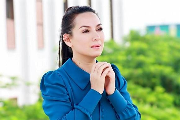 Nam diễn viên Quốc Thuận bác bỏ tin đồn nữ ca sĩ Phi Nhung qua đời vì Covid 19-1