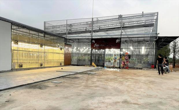Ông trùm lan đột biến Quảng Ninh bị bắt: Thu lời bất chính hàng trăm tỷ, ở biệt thự khủng, sở hữu tiệm vàng-4