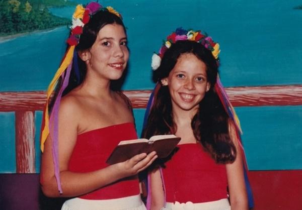 3 tuổi bị cưỡng hiếp, 10 tuổi bị xếp lịch phục vụ các ngài: Ký ức của các bé gái sống sót kể về địa ngục trong giáo phái quái dị-6