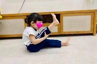 Con gái Trường Giang khiến netizen thích thú với loạt khoảnh khắc 'khua chân múa tay' hài hước