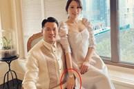 Bức ảnh con trai tỷ phú Johnathan chụp cùng Linh Rin bỗng hot trở lại, vị trí cánh tay cô bồ trở thành đề tài bàn tán