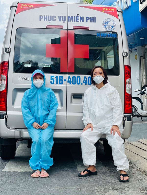 NS Việt Hương chuyển nóng 400 triệu mua xe cứu thương thứ 5 trong tháng, công khai nhận 192 triệu từ 1 nghệ sĩ Vbiz?-2