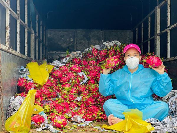 NS Việt Hương chuyển nóng 400 triệu mua xe cứu thương thứ 5 trong tháng, công khai nhận 192 triệu từ 1 nghệ sĩ Vbiz?-6