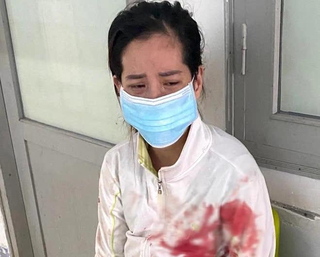 Một phụ nữ đâm chết chồng hờ trong khu phong tỏa-1