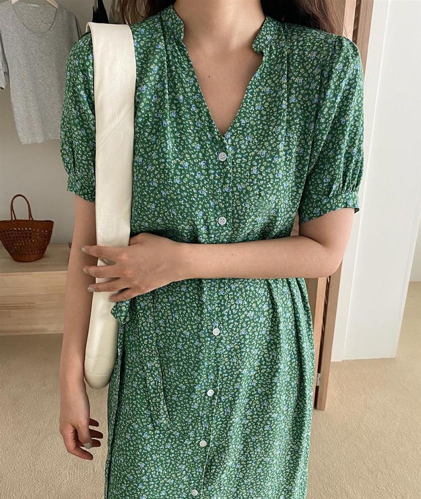 Đây là mẫu váy hot nhất đầu thu 2021: Mặc lên sang chảnh ngút ngàn, dù chỉ mua với giá bình dân-7