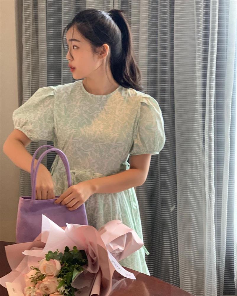 Đây là mẫu váy hot nhất đầu thu 2021: Mặc lên sang chảnh ngút ngàn, dù chỉ mua với giá bình dân-12