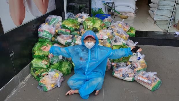 Không kêu gọi 1 đồng từ thiện, Việt Hương vẫn có hành động đáng khâm phục giữa lúc showbiz gặp bão sao kê-7
