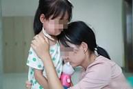 Mẹ dẫn con gái đi khám vì đau họng, không ngờ phát hiện cả 2 đều bị ung thư tuyến giáp do thói quen bảo quản trứng sai cách
