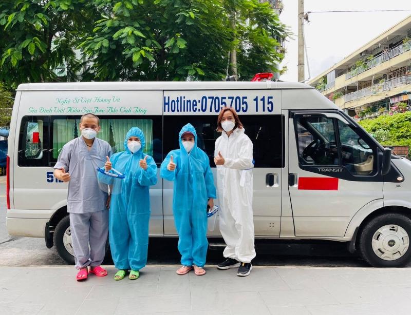 Xe tải chở đồ từ thiện của Việt Hương bị trộm bẻ khóa lấy hết giấy tờ, nữ danh hài khẩn thiết kêu gọi trả lại-4