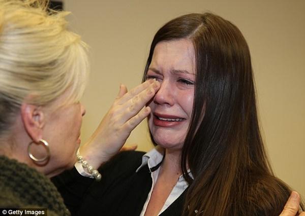 Vợ nghe lời chồng đi phẫu thuật thẩm mỹ căng da mặt, nào ngờ nhận về bi kịch thảm thương bởi âm mưu thâm độc-4