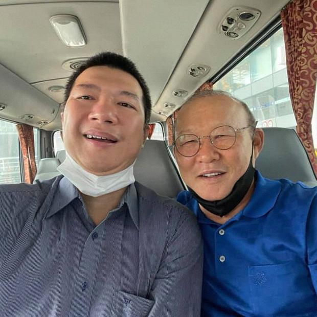 BLV Quang Huy viết tâm thư gửi ĐT Việt Nam trước giờ G, tiết lộ điểm chung ít người biết của thầy Park và HLV tuyển Úc-1