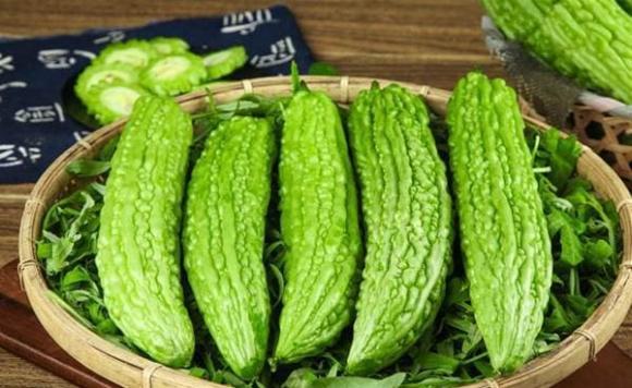 Khi mua mướp đắng thì mua quả thẳng hay cong? Người nông dân trồng rau: Hãy xem 4 điểm, đừng nhầm nhé-6