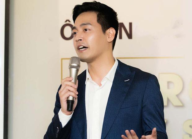 MC Phan Anh tung 6,5kg sao kê 24 tỷ kêu gọi cứu trợ miền Trung năm 2016, chấp nhận bị kiện nếu phát hiện dấu hiệu ăn chặn!-8