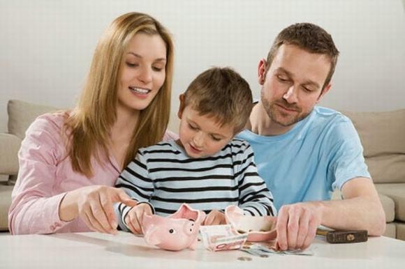 """Con trai hỏi gia đình chúng ta có giàu không?"""", người mẹ chỉ dùng một mẩu giấy vệ sinh để trả lời nhưng vô cùng thấu đáo-4"""