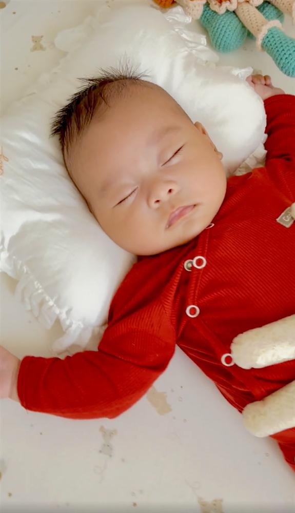 Quế Vân khoe con trai ngủ ngon và sâu giấc, hóa ra nhờ cách cực đơn giản nhưng không phải ai cũng biết-2