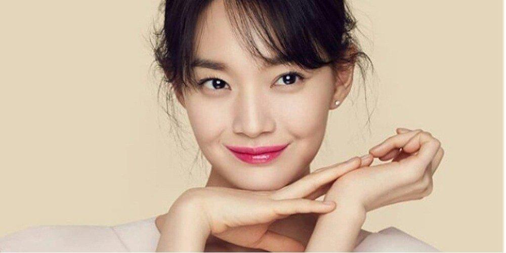 Bí quyết gìn giữ vẻ đẹp không tì vết của Shin Min Ah ở tuổi U40-4