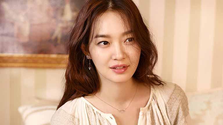 Bí quyết gìn giữ vẻ đẹp không tì vết của Shin Min Ah ở tuổi U40-5