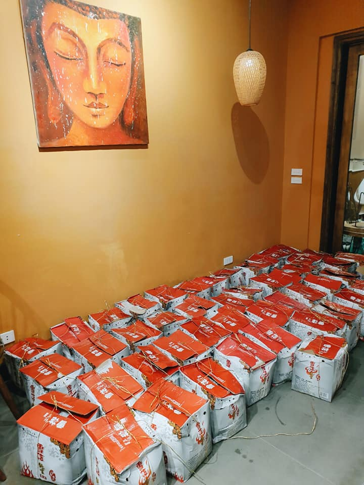 Táo đá Trung Quốc siêu rẻ bán ngập chợ mạng giá chỉ 20.000 đồng/kg-8