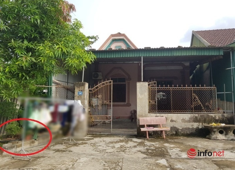 Cặp vợ chồng mất 2 con trai nghẹn lòng khi gặp bé sơ sinh bỏ trước cổng nhà-1