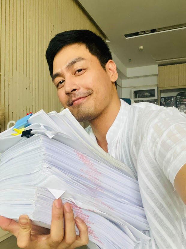 MC Phan Anh lên tiếng trước loạt tin đồn bị cấm sóng, tậu nhà đẹp, xe sang, con học trường quốc tế sau khi kêu gọi từ thiện-5