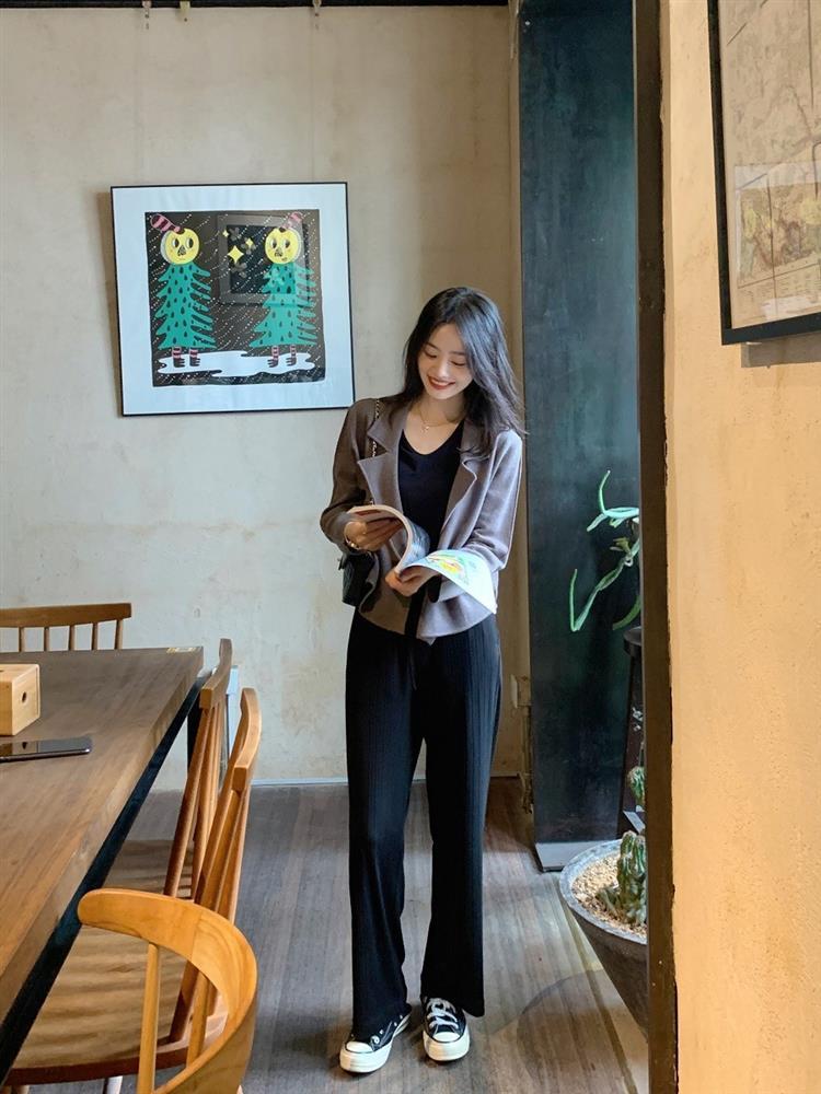 10 set đồ mặc đẹp mùa Thu của hội blogger châu Á, chị em nên copy theo để nâng tầm style-4