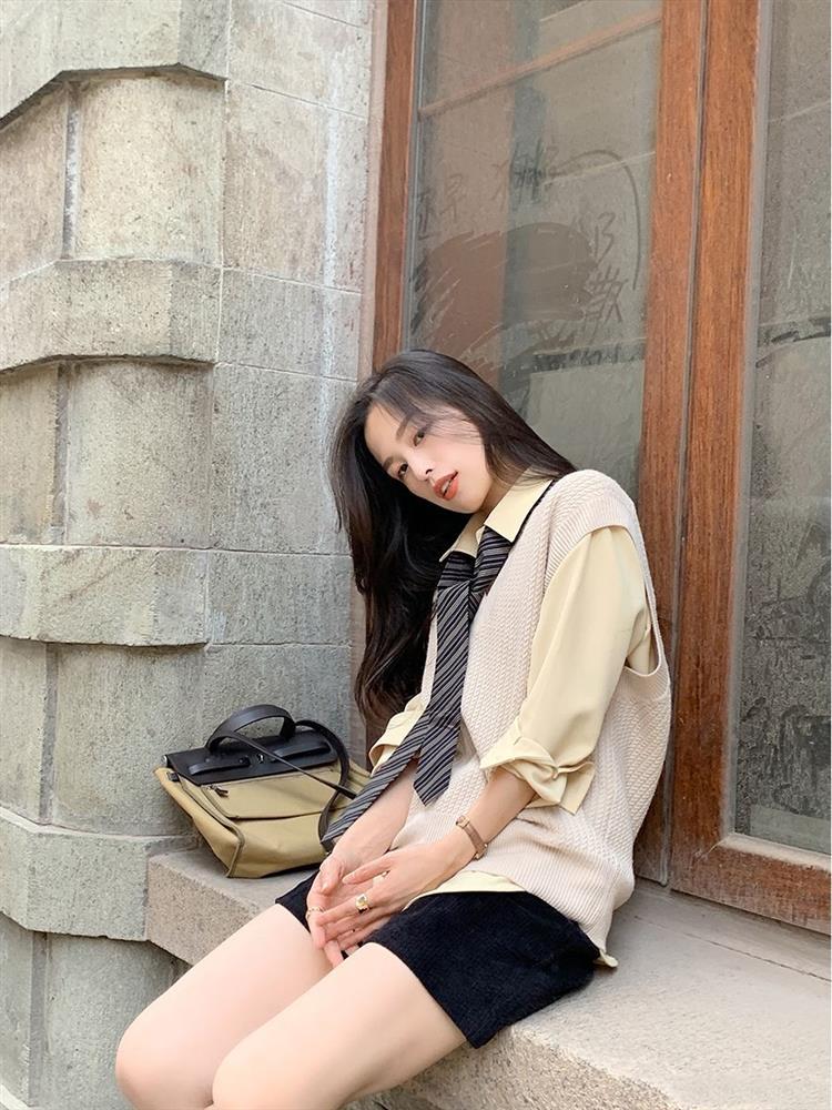 10 set đồ mặc đẹp mùa Thu của hội blogger châu Á, chị em nên copy theo để nâng tầm style-6